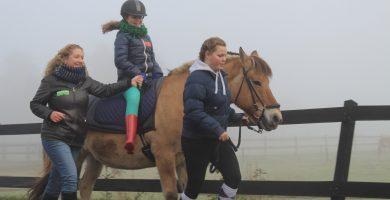 aangepast paardrijden bij de gravenruiters